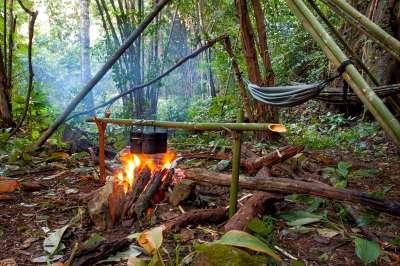 Couteaux de survie et matériels de trekking