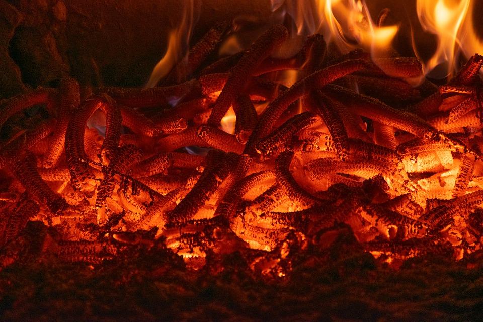 Charbon de bois en Bushcraft ou BAD